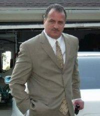 http://1.bp.blogspot.com/_vZpfXzok5U4/S0flPoDRNmI/AAAAAAAABBg/7MWAtpy60eg/s200/Ernest+Bey.jpg